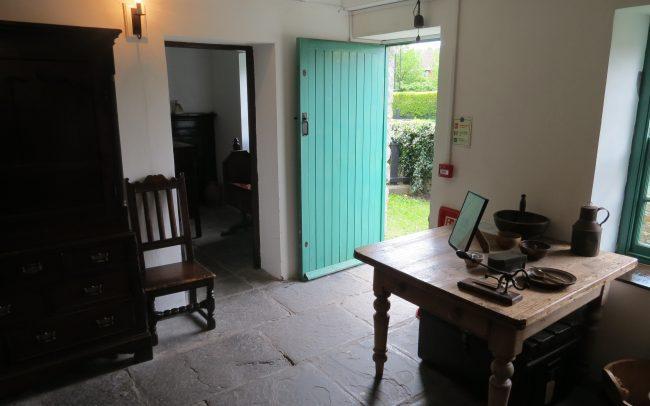 joseph parry house interier